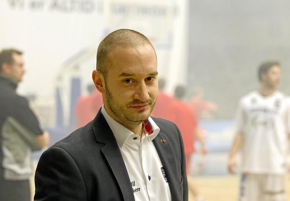 Bogdan (48)